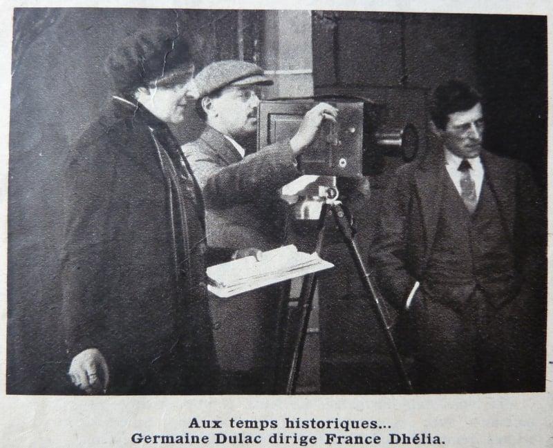 Photographie de tournage de Germaine Dulac (Cinémonde 1935)