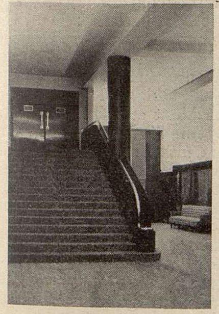 Un autre escalier de la Corbeille du Gaumont-Palace