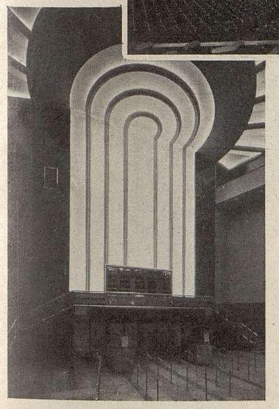 Le motif lumineux du hall du Gaumont-Palace