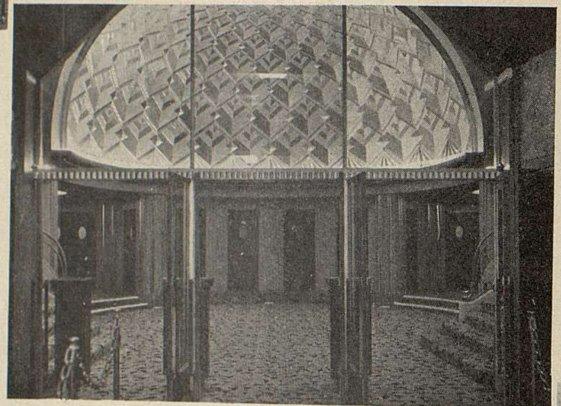 le grand vestibule de l'Olympia (Cinémagazine 1930)