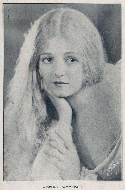 Janet Gaynor dans l'Aurore (Cinemagazine 1928)