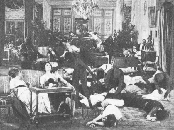 Une scène des Vampires (Ciné-Mondial 1942)