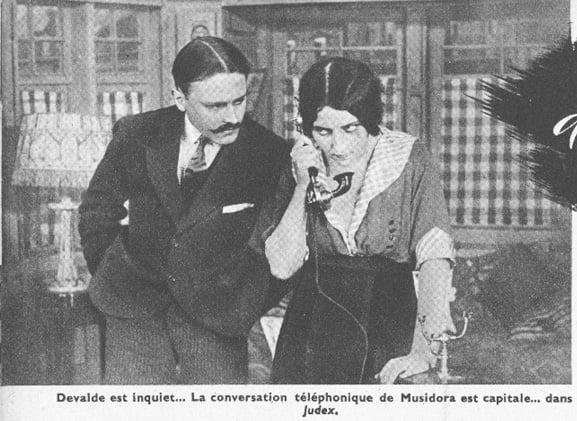 Musidora dans Judex (Ciné-Mondial 1942)