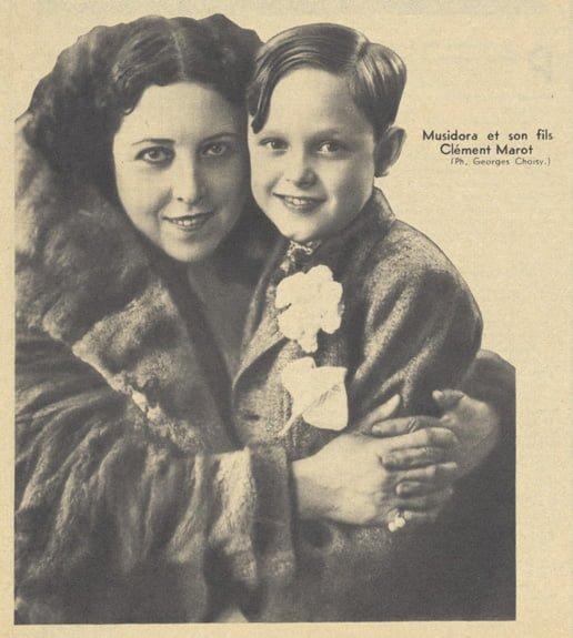 Musidora et son fils Clément (Pour Vous 1938)