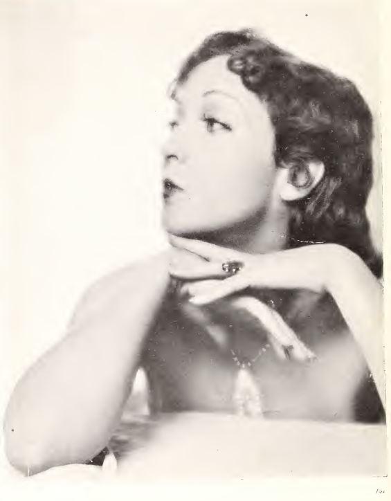 paru dans Du Cinéma - mai 1929